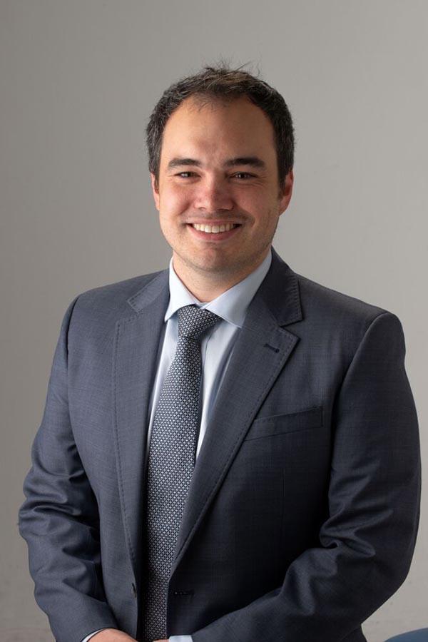 Dr Jonathan Cho